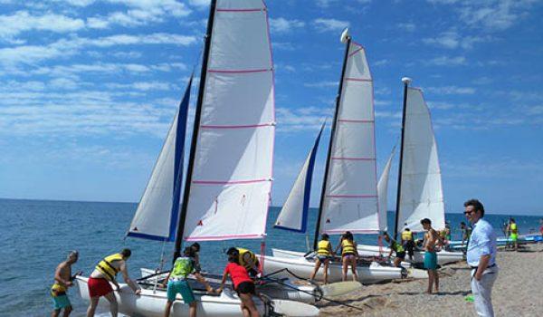 Organización jornada lúdica en playa para grandes grupos
