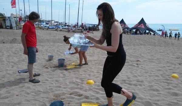 Organización jornada lúdica en playa para grupos